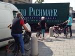 23.7.2014: Pasing Arcaden, Pachmayr rangiert rückwärts ohne Einweiser, Gefährdung durch Sichtschatten des Sprinters